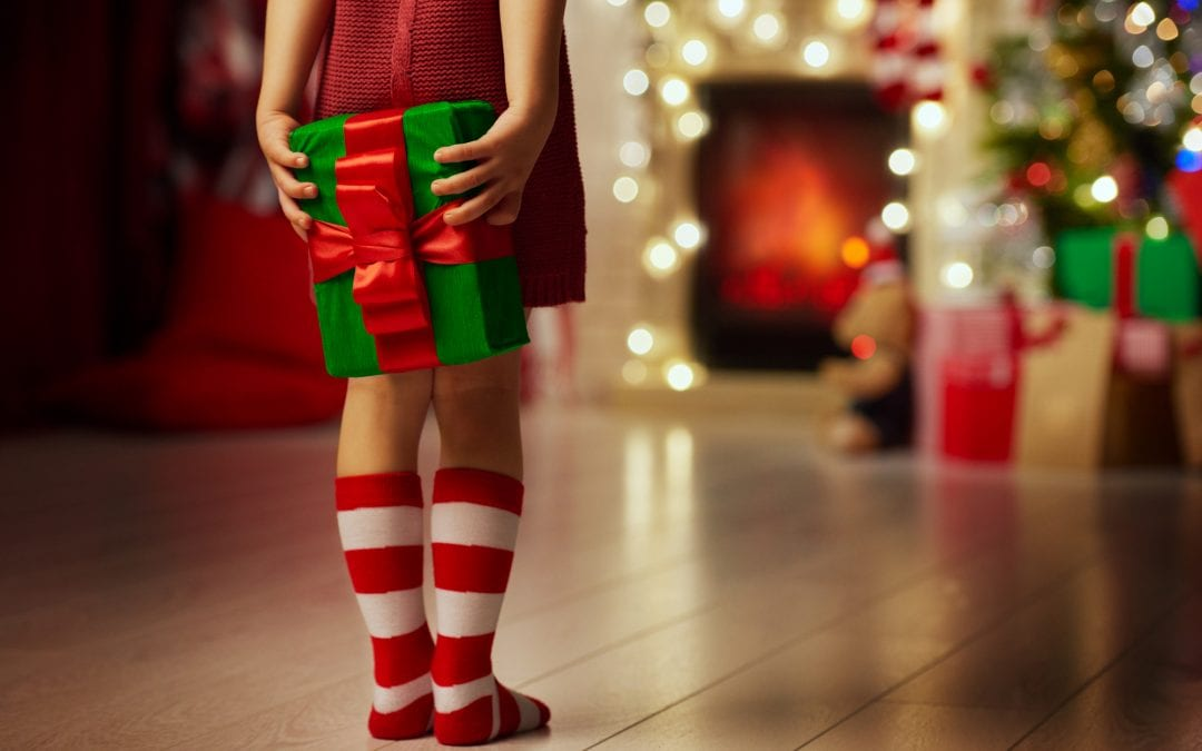 How tp keep the magic in christmas for your kids #christmas #holidays #thanksgiving #magicalchristmas